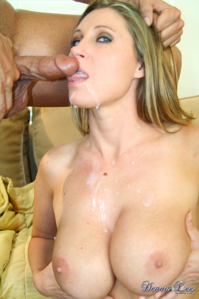Devon Lee Cumshot